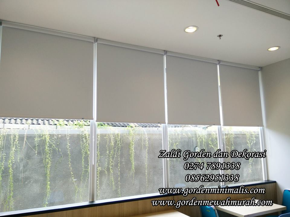 Jual gorden Roller blind harga murah sharp point shinichi onna